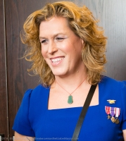 Retired Navy SEAL Kristin Beck Gets Makeover from Elizabeth Taylor