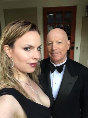 Beth and Tom head to dinner gala